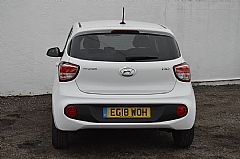 please mouse over this HYUNDAI i10 thumbnail for larger photograph