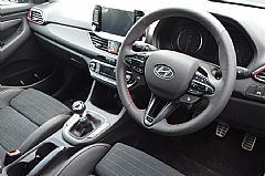 please mouse over this HYUNDAII30 N thumbnail for larger photograph