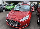 click here for more photographs of this KIA VENGA