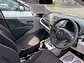 please mouse over this VAUXHALL CORSA  thumbnail for larger photograph