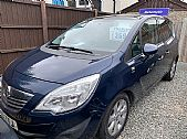 click here for more photographs of this VAUXHALL INSIGNIA