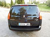 please mouse over this PEUGEOT5008 thumbnail for larger photograph