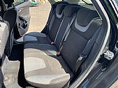 please mouse over this HYUNDAI i40 thumbnail for larger photograph