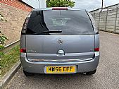 please mouse over this BMW 118 thumbnail for larger photograph